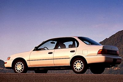 The 6th Generation Corolla Was Sold As A Four Door Sedan Or Two Both Front Wheel Drive Doors And Sr5 Have 4a Fe Engine