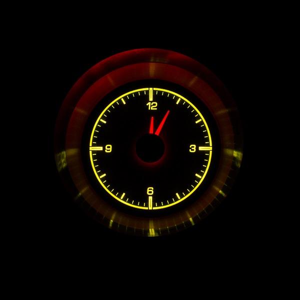 HLC-63C-VET Clock Gauge Yellow Flare Night View