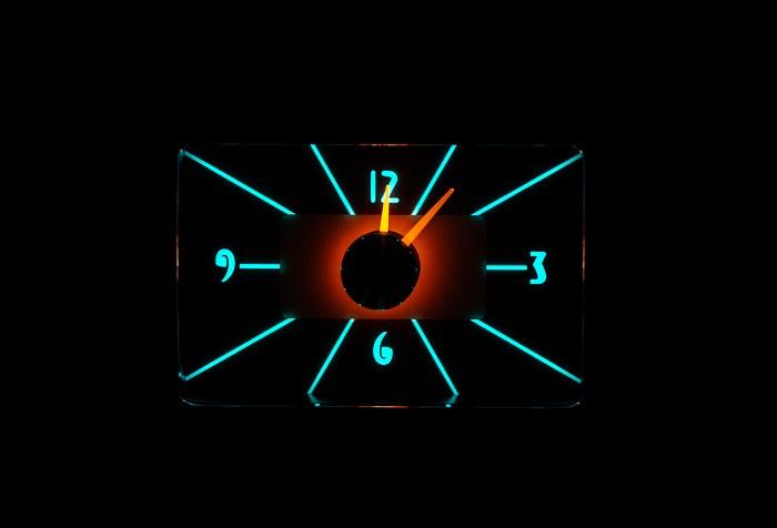 RLC-40F Clock Gauge Wild Aqua Night View