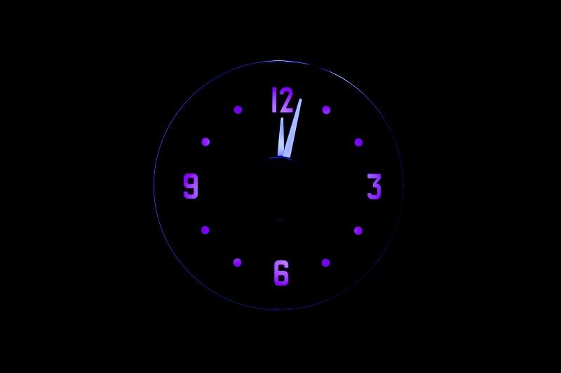 RLC-51C Clock Gauge Vivid Orchid Theme at Night