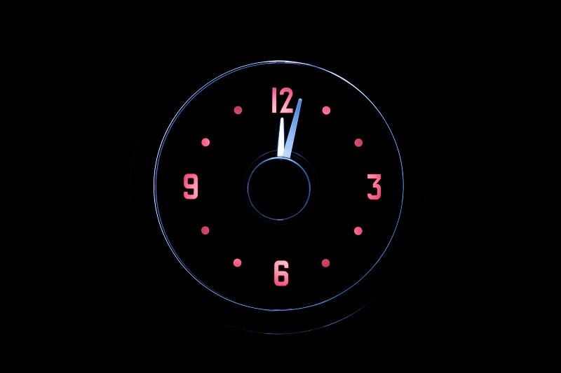 RLC-51C Clock Gauge Wild Rose Theme at Night