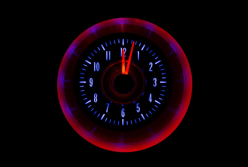 RLC-64C-VET Clock Gauge Ice and Fire Night View