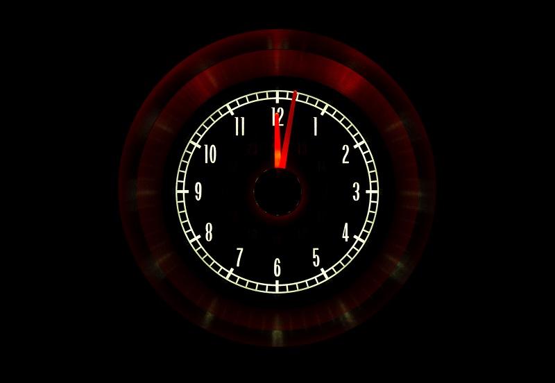 RLC-65C-VET Clock Gauge Incandescent Night View